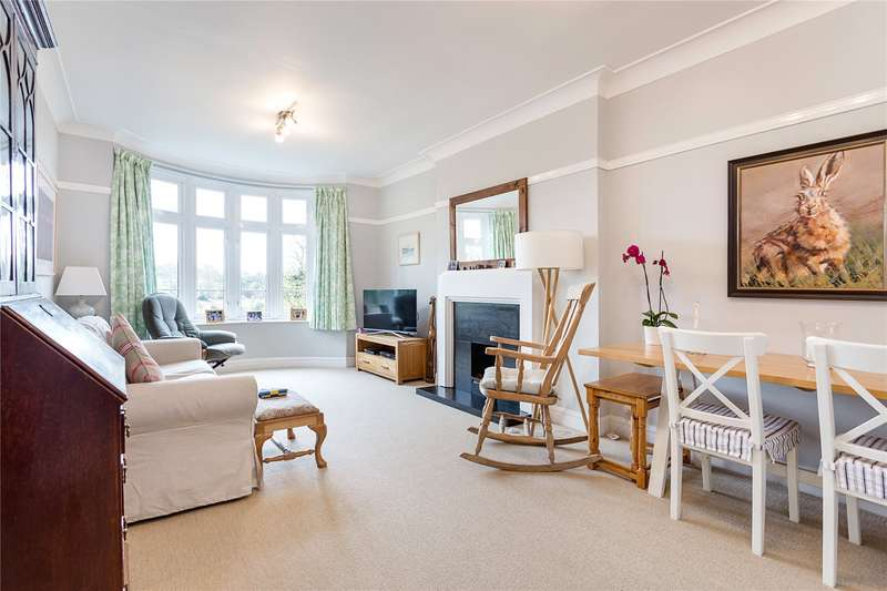 2 Bedrooms Flat for sale in Parkview Court, 38 Fulham High Street, Fulham, London, SW6