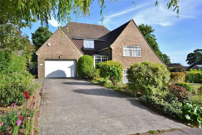 5 Bedrooms Detached House for sale in Longlands, Charmandean, Worthing, BN14
