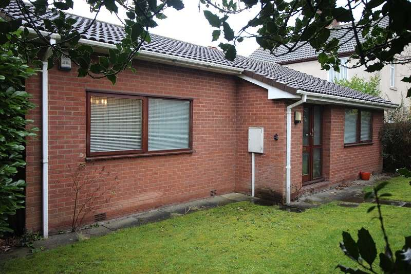 2 Bedrooms Detached Bungalow for sale in Birmingham Road, Allesley Village, Coventry, CV5 9BD