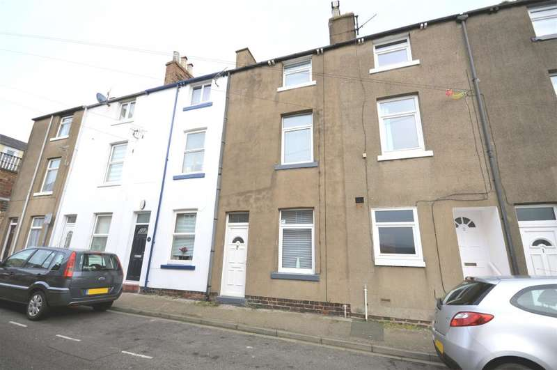3 Bedrooms Terraced House for sale in Lower Clark Street, Scarborough, North Yorkshire YO12 7PW