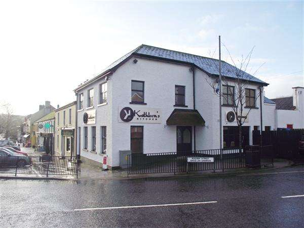Property for sale in 11 Main Street