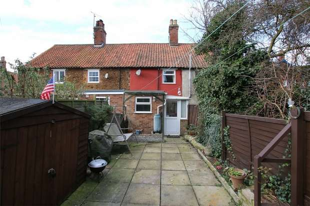2 Bedrooms Terraced House for sale in 50 High Street, Heacham