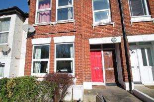 2 Bedrooms Flat for sale in Bear Road, Brighton, East Sussex