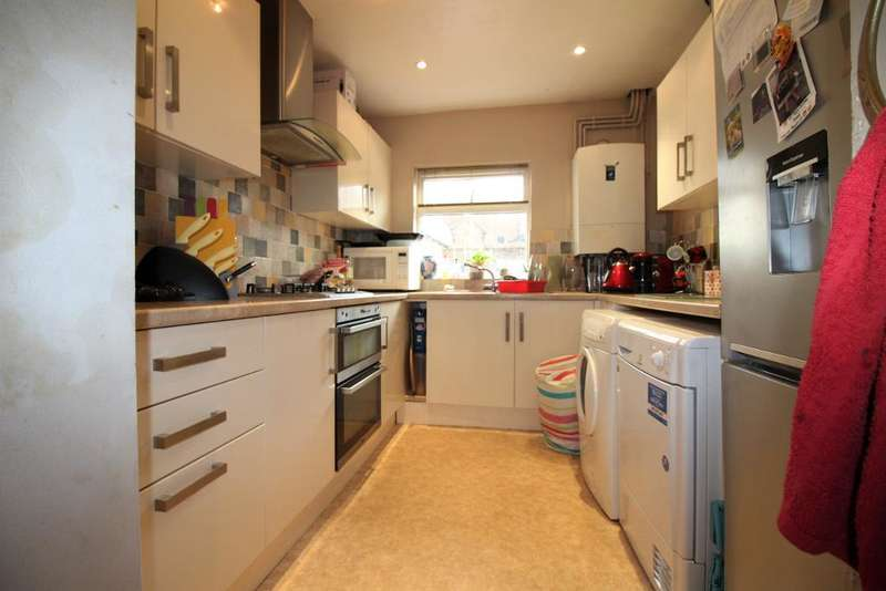 4 Bedrooms Terraced House for sale in Walpole Street, Weymouth, Dorset, DT4 7HQ