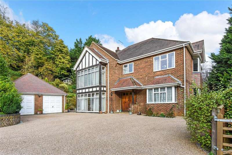5 Bedrooms Detached House for sale in Beech, Alton, Hampshire