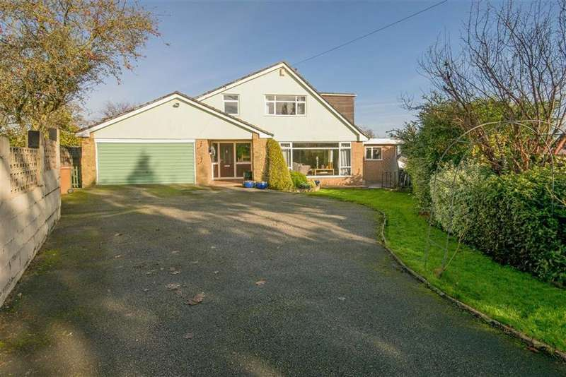 5 Bedrooms Detached House for sale in The Green, Northop, Mold