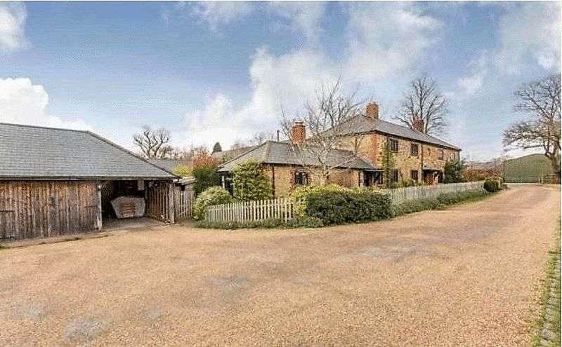 Property for rent in Wishanger Lane Churt, Farnham