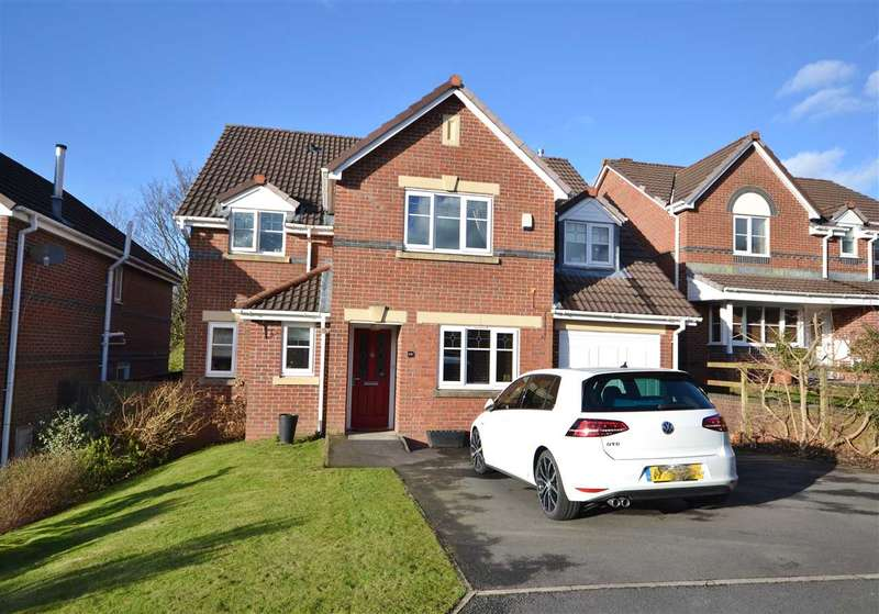 4 Bedrooms Detached House for sale in Knowles Wood Drive, Chorley