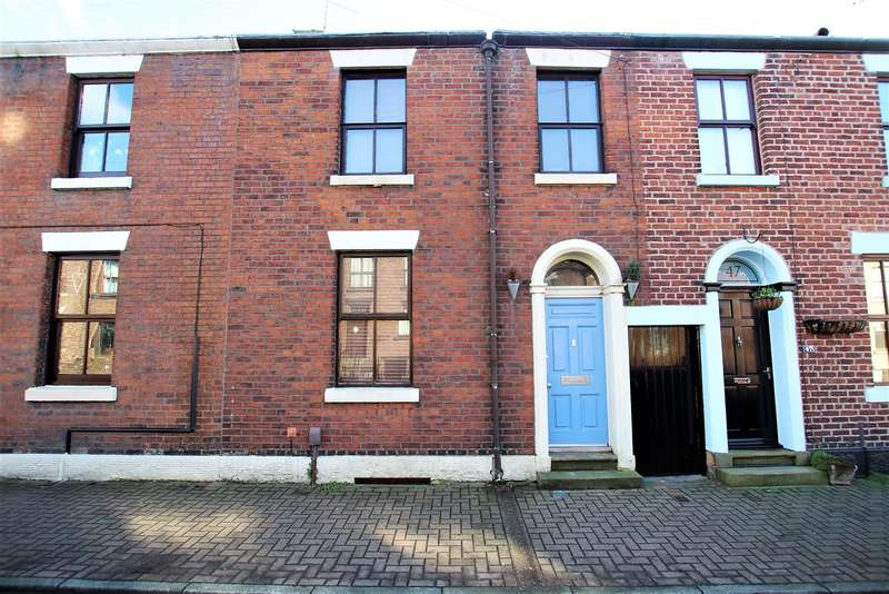 2 Bedrooms Terraced House for rent in Fox Lane, Leyland