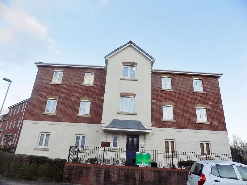2 Bedrooms Flat for sale in Longacres , Brackla, Bridgend. CF31 2DE
