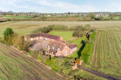 4 Bedrooms Detached House for sale in Hampton Road, Warwick, Warwickshire, .