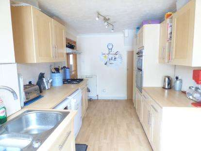 4 Bedrooms Link Detached House for sale in Waterlooville, Hampshire