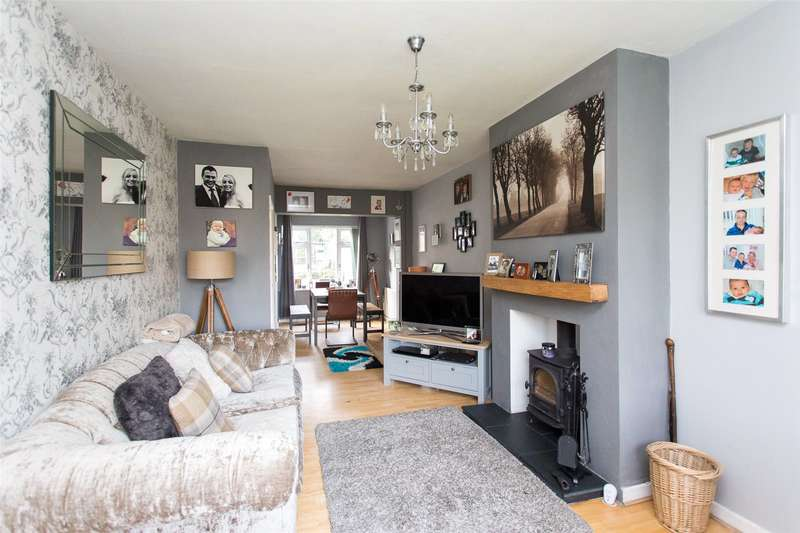 3 Bedrooms Semi Detached House for sale in Linton Grove, Leeds, West Yorkshire, LS17