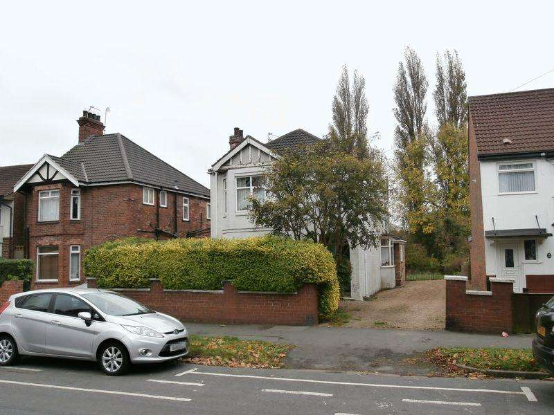3 Bedrooms Detached House for sale in Boothferry Road, Hull