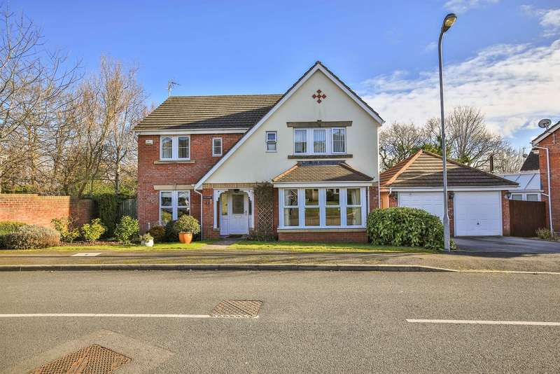 4 Bedrooms Detached House for sale in Gerddi Taf, Llandaff, Cardiff
