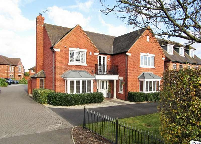 5 Bedrooms Detached House for sale in Bruces Way, Stratford-upon-Avon, Warwickshire