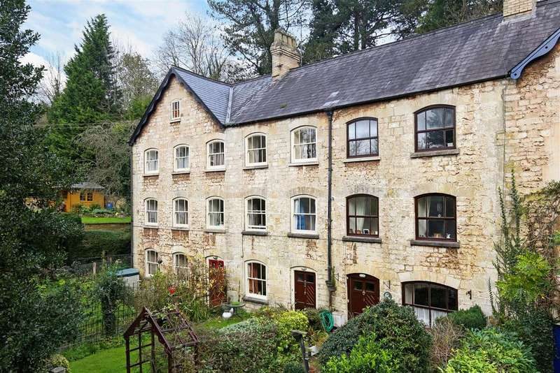 4 Bedrooms Terraced House for sale in Giddynap Lane, Inchbrook, Stroud
