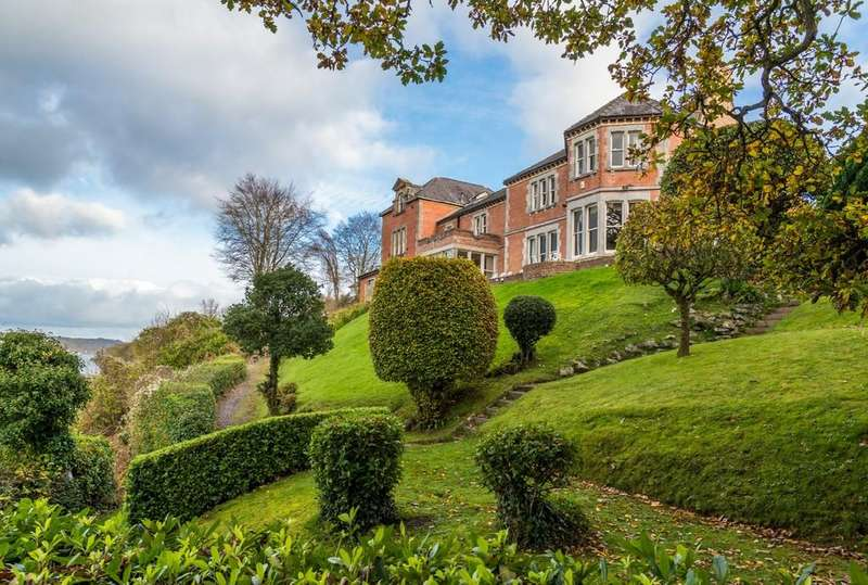7 Bedrooms Manor House Character Property for sale in Holyhead Road, Bangor, North Wales