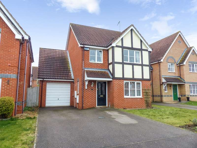 4 Bedrooms Detached House for sale in Edison Drive, Yaxley, Peterborough, PE7 3ZA