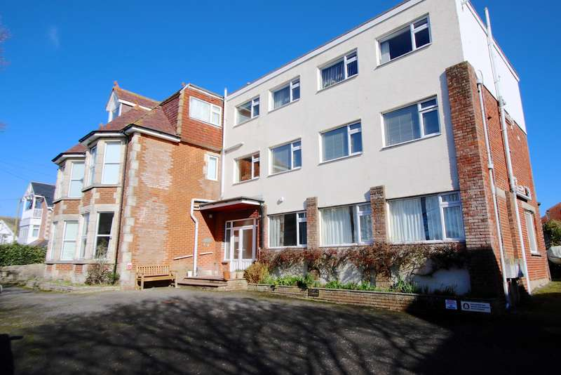 1 Bedroom Flat for sale in CLIFF AVENUE, SWANAGE