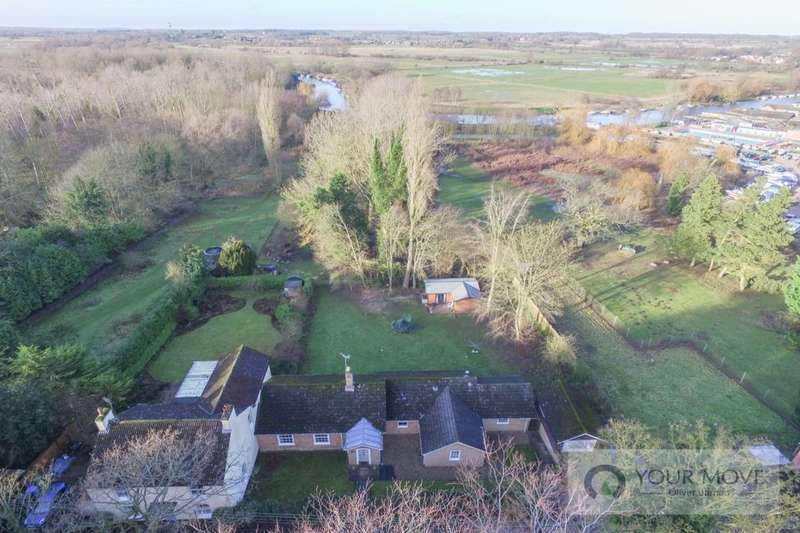 4 Bedrooms Bungalow for sale in Puddingmoor, Beccles, NR34
