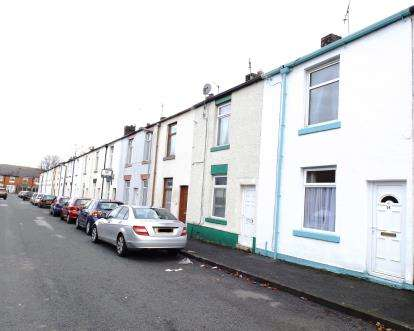 2 Bedrooms Terraced House for sale in Woodhill Street, Bury, Greater Manchester, BL8