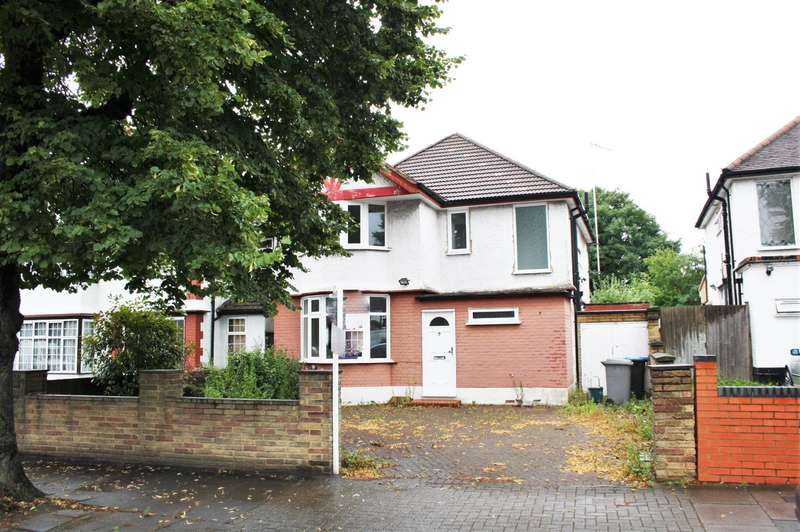 3 Bedrooms Detached House for sale in Preston Road, Wembley, Middlesex, HA9 8JY