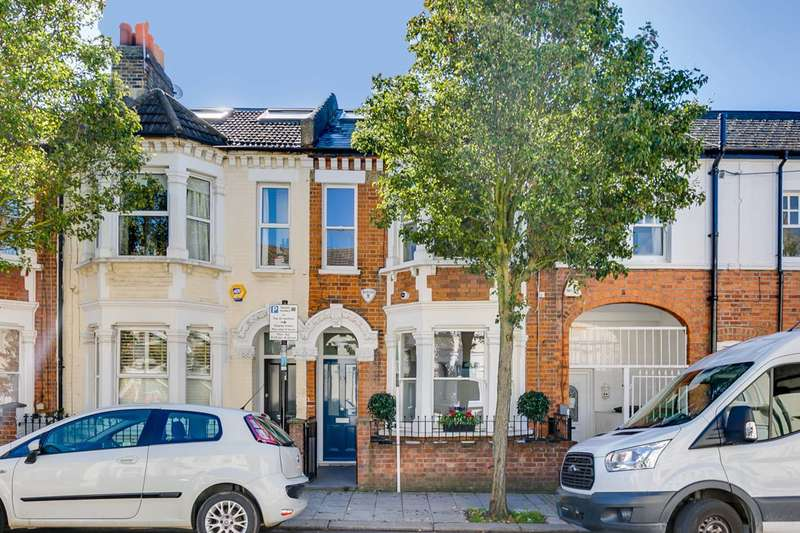 4 Bedrooms House for sale in Mossbury Road, Clapham Junction, SW11