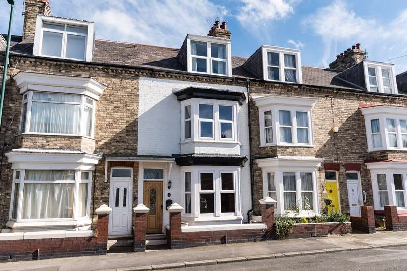 5 Bedrooms Terraced House for sale in Upleatham Street, Saltburn-by-the-Sea, North Yorkshire, TS12