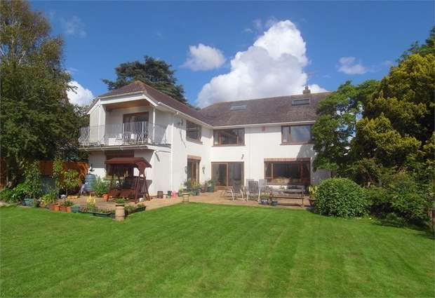 6 Bedrooms Detached House for sale in Exmouth, Devon