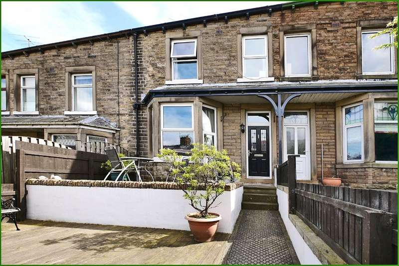 4 Bedrooms Terraced House for sale in Park Avenue, Barnoldswick BB18