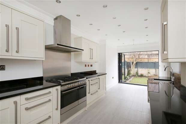 4 Bedrooms Terraced House for sale in Cambria Road, Cambewell