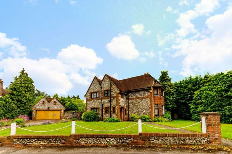 3 Bedrooms Detached House for rent in The Gallop, Sutton, SM2