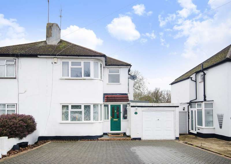 3 Bedrooms Semi Detached House for sale in Church Avenue, Pinner, HA5