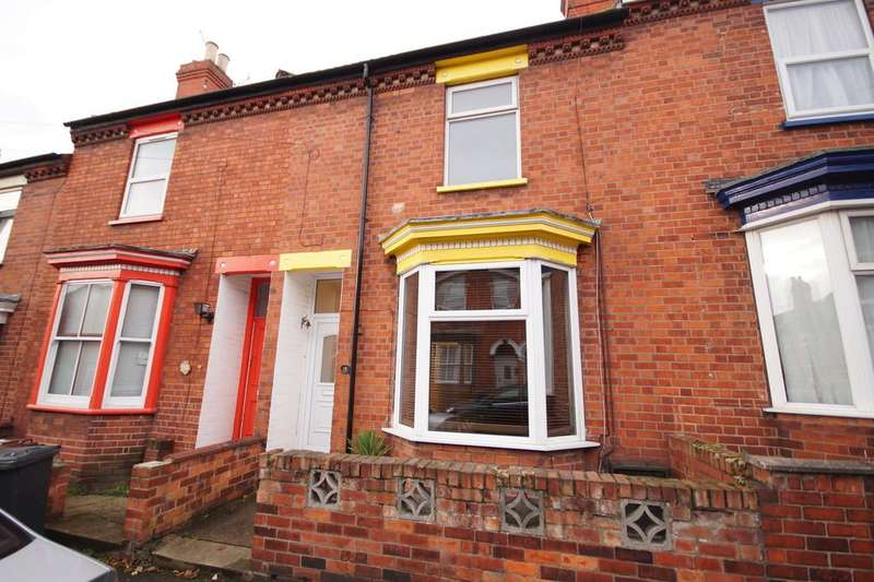 3 Bedrooms Terraced House for sale in Eastbourne Street, Lincoln