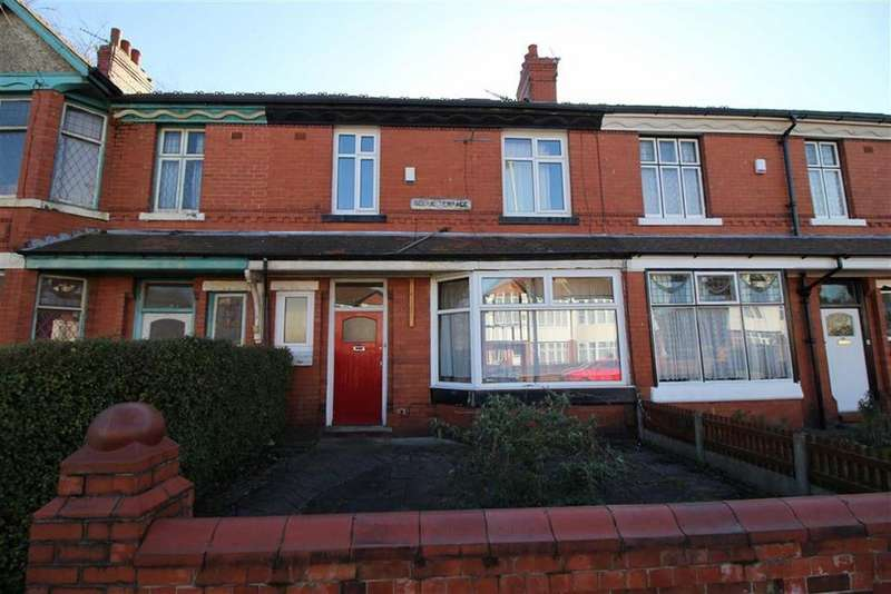 5 Bedrooms House Share for rent in Burton Road, Manchester
