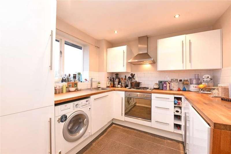 2 Bedrooms Flat for sale in Bowman Mews, Southfields, London, SW18