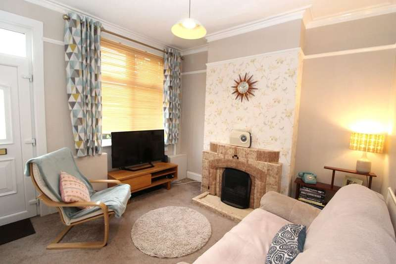 2 Bedrooms Terraced House for sale in St. Chads Terrace, Newcastle, ST5