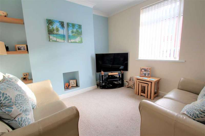 2 Bedrooms Terraced House for sale in Scorer Street, Lincoln