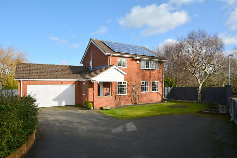 4 Bedrooms Detached House for sale in Stanford Way, Walton, Chesterfield, S42