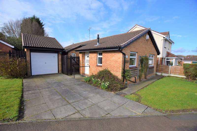 3 Bedrooms Detached Bungalow for sale in Calderbrook Drive, Cheadle Hulme