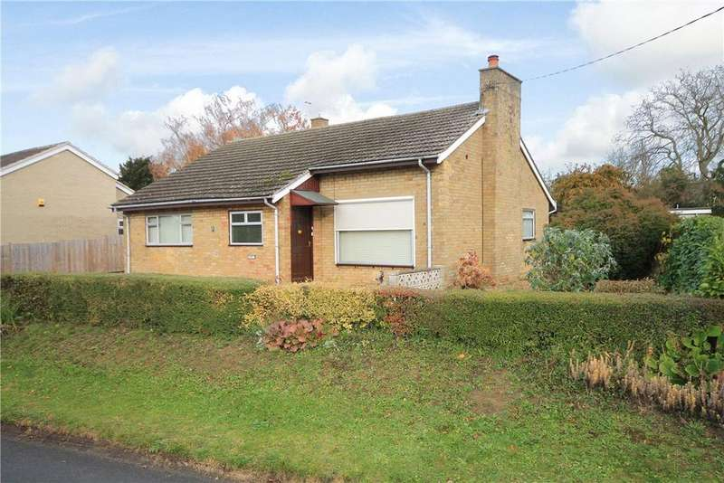 2 Bedrooms Detached Bungalow for sale in Pettitts Lane, Dry Drayton, Cambridge, CB23