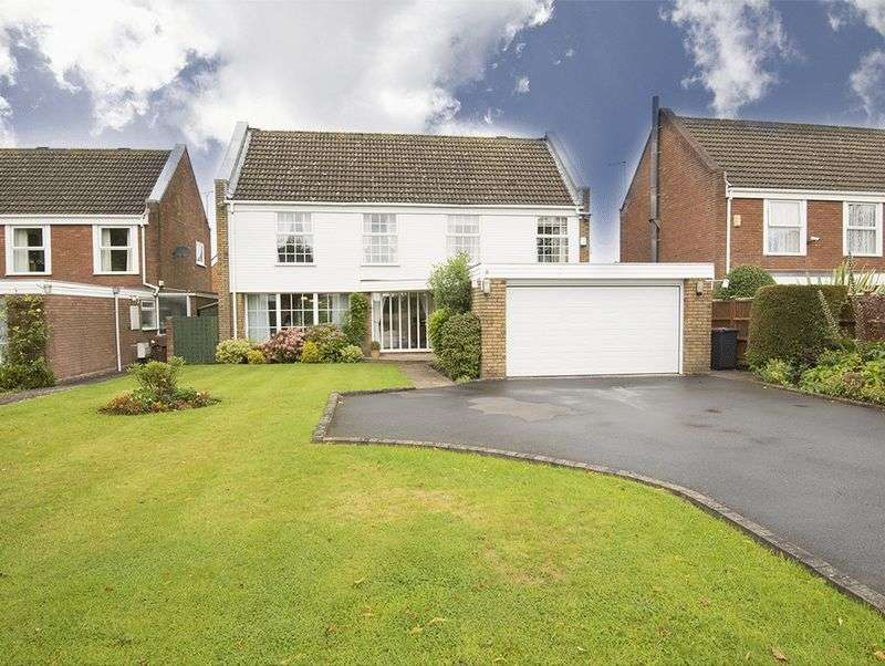4 Bedrooms Property for sale in Hall Lane, Hagley