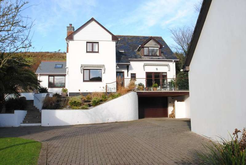 4 Bedrooms Detached House for sale in St. Marys Road, Croyde