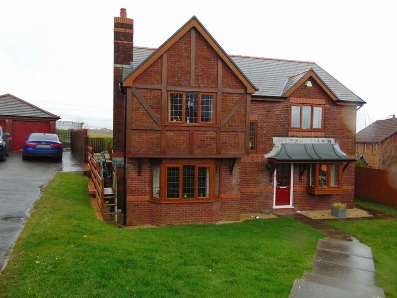 4 Bedrooms Detached House for sale in Maes Becca, Llannon