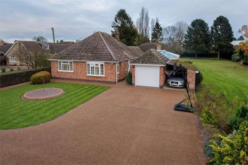 4 Bedrooms Detached Bungalow for sale in Rosebery Avenue, Boston, Lincolnshire