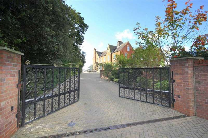 5 Bedrooms Land Commercial for sale in Clifton Drive, Lytham