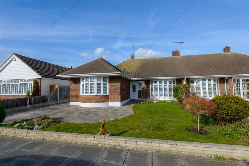 2 Bedrooms Semi Detached Bungalow for sale in Quiet Road, Thorpe Bay