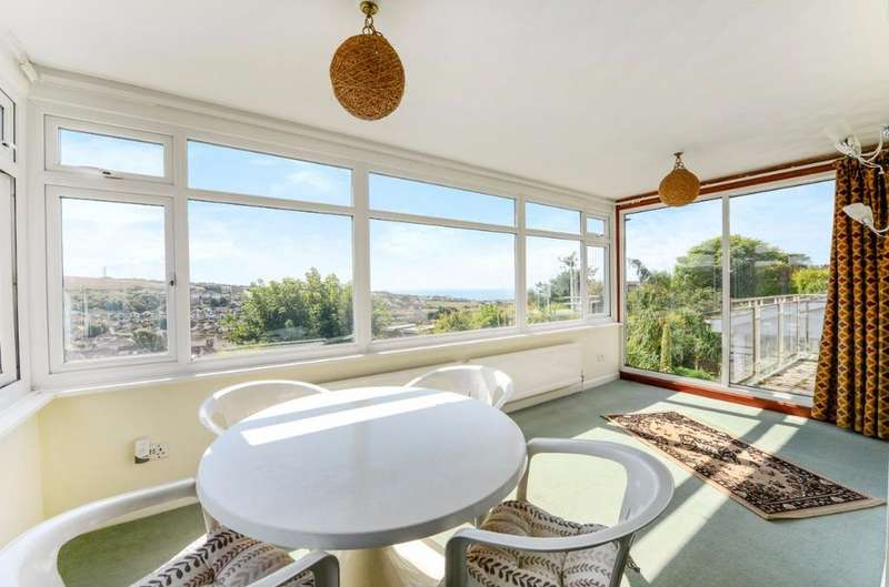 4 Bedrooms Detached House for sale in Tumulus Road Saltdean East Sussex BN2