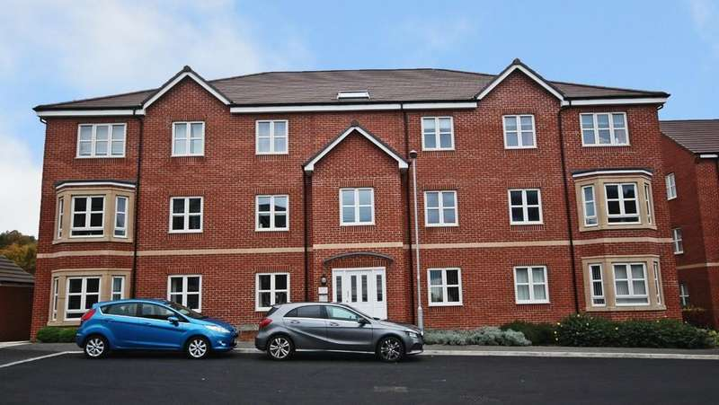 2 Bedrooms Apartment Flat for sale in 16 Scampston Drive, East Ardsley